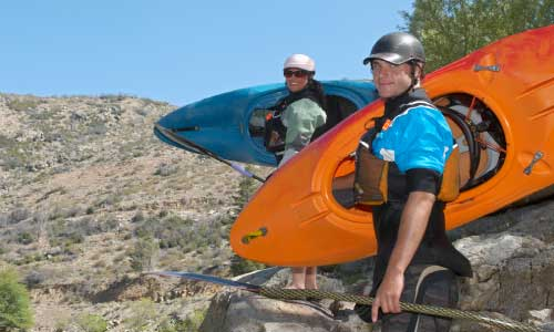 how-to-carry-a-kayak-1-person